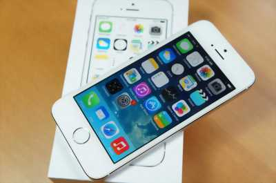Apple Iphone 5S bạc