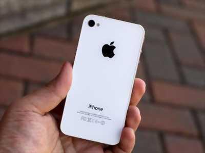 Apple Iphone 4S Trắng 16 GB zin đét