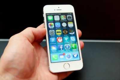 Apple Iphone 5S 16 GB bạc hàng công ty huyện trảng bàng