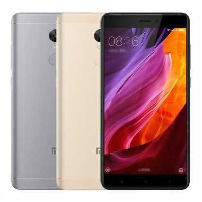 Iphone 8 plus 64 GB Lock Gold