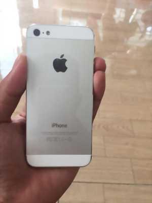 Mình có máy iPhone 5 vợ đang dùng muốn nhượng lại!