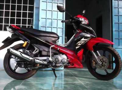 Yamaha Jupiter Gravita màu đỏ đen
