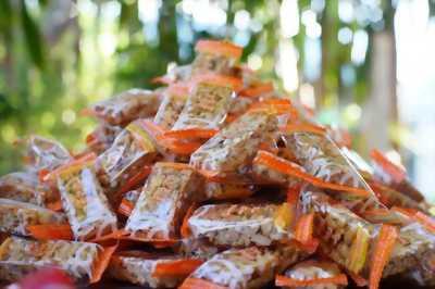 Kẹo đậu phộng đặc biệt!