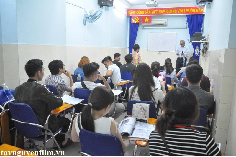 Học Làm MC Chuyên Nghiệp Tại TP HCM