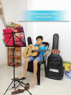 Nhận dạy Guitar với nhiều ưu đãi tại quận 6