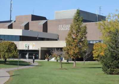 Du học trường St. Clair College