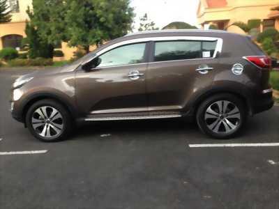 Cần bán gấp con xe Kia Sportage đời 2012 brown nhập khẩu giá hữu nghị cho anh em cần.