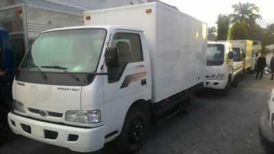 Xe tải KIA 2 tấn 4 Thùng kín màu trắng mới 100%