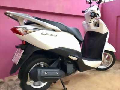 Xuân Lộc: Honda Lead 125cc Fi Trắng 2014: