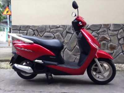 LEAD RED 110cc LIKE NEW 98% Giá Mềm