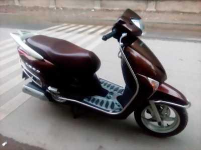 Lead fi 110cc màu nâu chính chủ-nữ đi không hư hại gì bán lại giá tốt