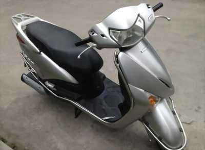 Honda Lead 110 Fi màu bạc, nguyên bản rất đẹp