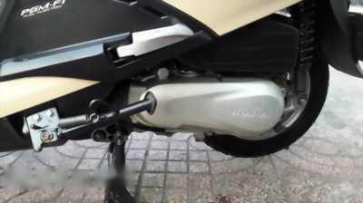 Bán xe Lead Fi màu kem đời 2009