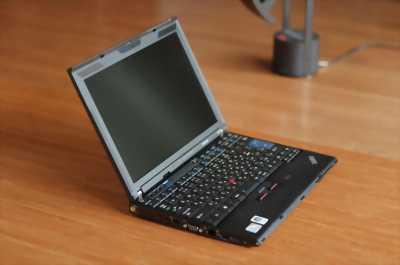 Laptop lenovo chíp core i3 máy đẹp pin cầm xài kỹ