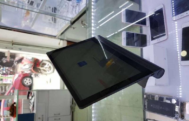 Lenovo yoga 3 pro tích hợp máy chiếu