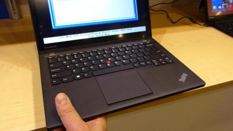 Lenovo THINKPAD X240 i5/ram 4G/ổ SSD 180 MỚI ĐÉT!