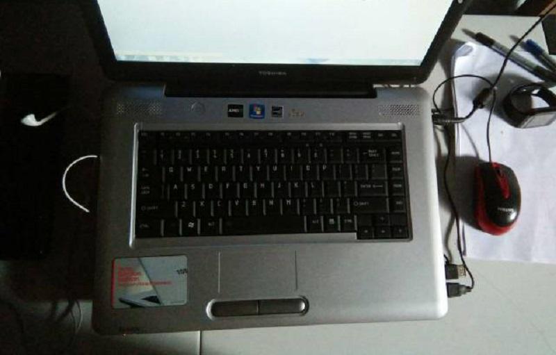 Laptop Lenovo ram 2 GB