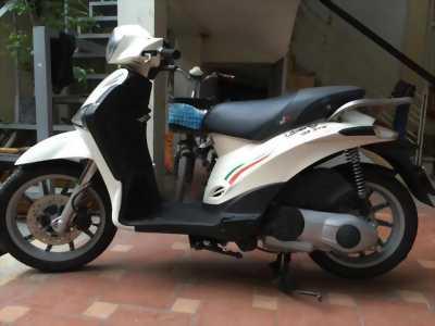 Piaggio Liberty 125cc ie màu trắng biển29E1-164.68