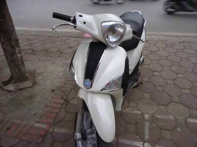 Piaggio Liberty 125 ie Việt màu trắng 2012, xe đẹp huyện tiên lãng