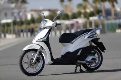Liberty 125 màu trắng nguyên bản nhập italia
