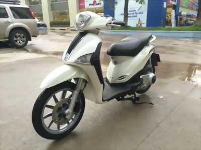 Piaggio Liberty 125ie Việt Nam màu trắng 2012