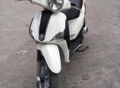Liberty 125cc Nhập Ý đời chót màu trắng biển đẹp
