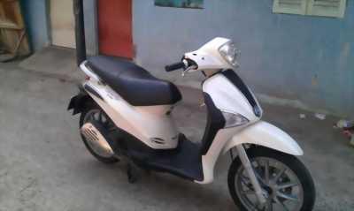 Piaggio Liberty 125cc 2k11 màu trắng