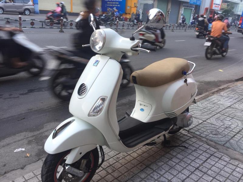 Vespa LX nhập đăng ký 2015 trắng Turbo tiết kiệm xăng