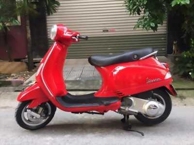 Piaggio Vespa LX 125ie màu đỏ đăng ký 2012 chính chủ