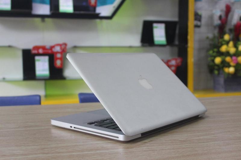 Macbook pro 2011 đẹp 98% ko cấn mớp zin all.