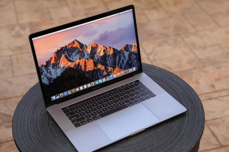 Apple Macbook Pro Core i2 Duo máy đẹp