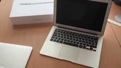 Bán MacBook air 13inc mid 2011 đang sử dụng tốt huyện xuyên mộc