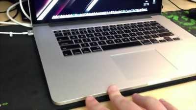 Macbook pro 2012 8g 512g