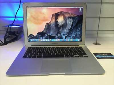 Macbook Pro Rentina 2013 ME665 cấn trên màn hình 1 quận 1