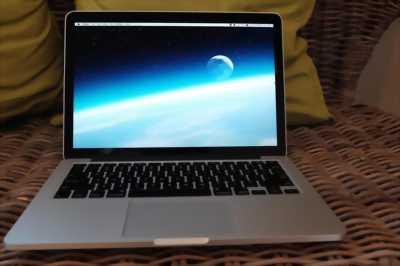 Macbook Air 13' quận 1