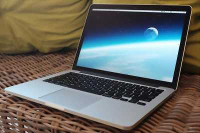 Laptop macbook pro 13.3in quận 1