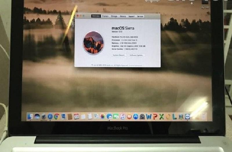 Macbook Pro Mid 2012 core i5 ram 4GB Like new