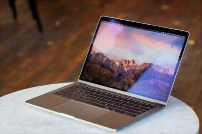 Apple Macbook Pro nhanh tay để giá fix