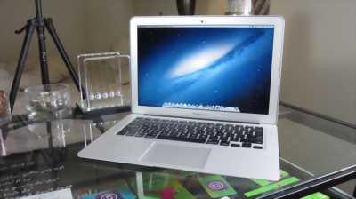 Apple Macbook Air 2012 11 inch i5/ram4G/64G