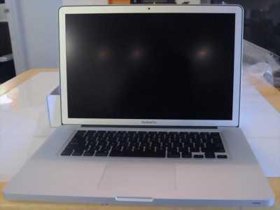 Apple Macbook Pro Intel Core i7 8 GB 750 GB