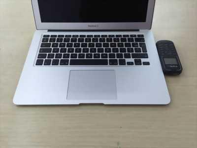 Macbook Air màn 11.6inh MC969 Coi7 ram 4g ssd 256g