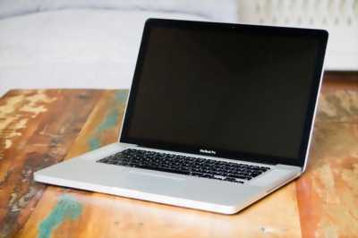 MacBook Pro late 15 inch 2011