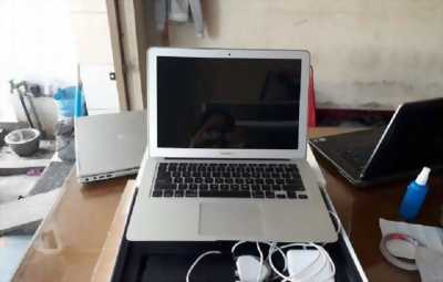 Apple Macbook Air b5x-2015 i5/4GB/500GB new 100%
