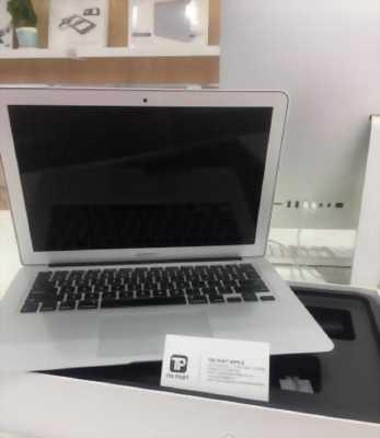 Macbook Air mành hình 13 inch Early 2015