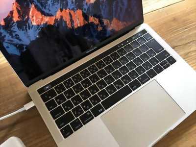 Bán macbook pro đời 2017 mới 99%.