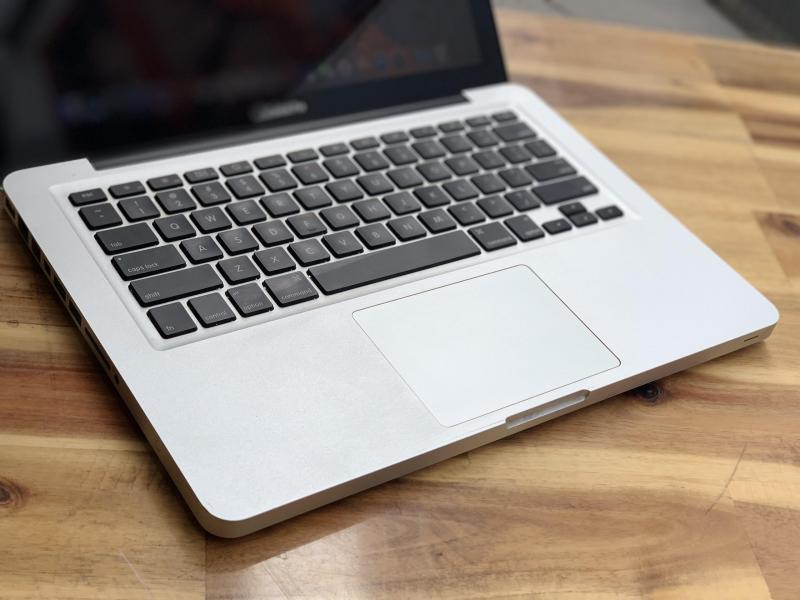 Macbook Pro MD313 13,3in, i5 4G SSD128G Đèn phím Đẹp zin 100% Giá rẻ