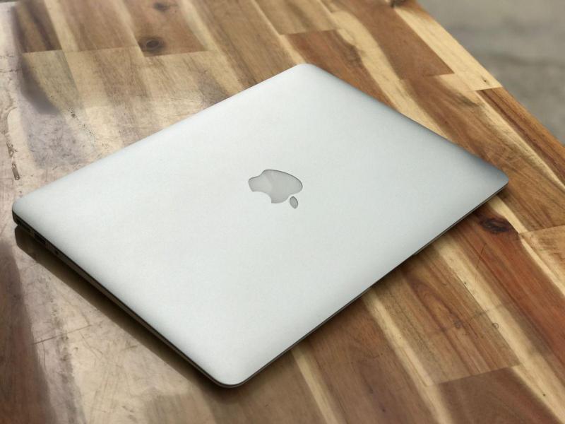 Macbook Air 2015 13in, Core i5 Ram 4G SSD128 Đèn phím Đẹp zin giá rẻ