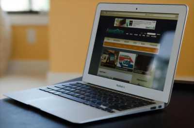 Apple Macbook Air Intel Core i7 Ram 4GB SSD 256 GB