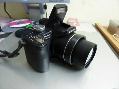 Panasonic ( Leica ) FZ18 như mới zoom