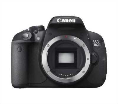 Canon body 700d + lens18-55 + lens STM50 1.8